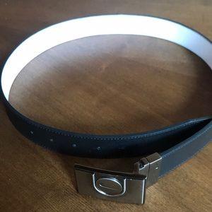 Nike Black/White reversable Golf Belt